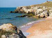 Seashore with rocks — Stock Photo