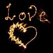 любовь сердце огня — Стоковое фото