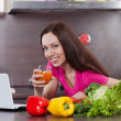 Woman drink the juice — Stock Photo