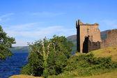 Urquhart castle et le loch ness en écosse — Photo