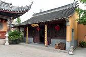 Monasterio chino en el pueblo de zhouzhuang — Foto de Stock