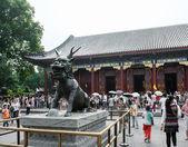 Standbeeld van draak - herten — Stockfoto