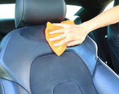 Limpieza la silla de auto — Foto de Stock