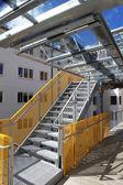 Modern yangın merdiveni — Stok fotoğraf