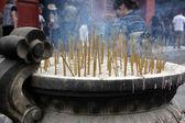 宗教の仏教寺院の蝋燭 — ストック写真