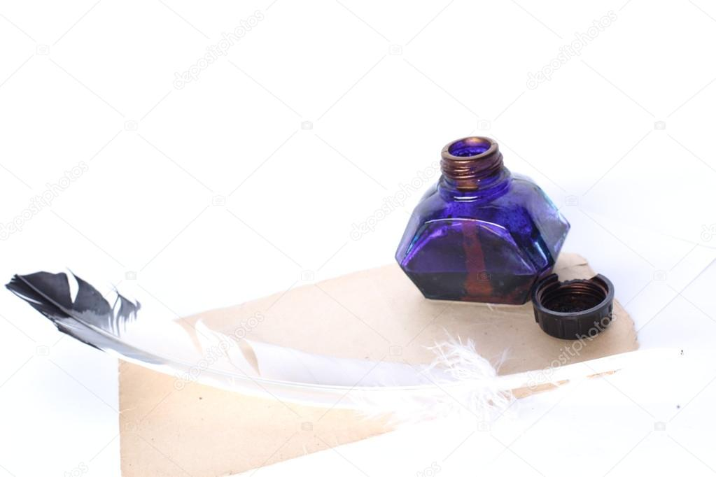 Ink Well and Pen — Stock Photo #16045185
