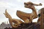 Gold dragon monument, Beijing, China — Stock Photo