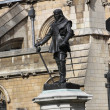Oliver Cromwell - Statue in front of Palace of Westminster (Parliament), London, UK - Lizenzfreies Foto