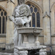 Statue of Water Goddess outside Bath Abbey, England. - 图库照片