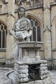 Statue of Water Goddess outside Bath Abbey, England. — ストック写真