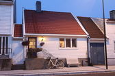 Suburban home - generic white wooden villa in Kristiansand, Norway — Stockfoto
