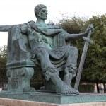 Spiżowa statua Konstantyna i poza Yorku w Anglii — Zdjęcie stockowe