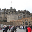 Edinburgh Castle on Castle Rock in Edinburgh, Scotland, UK — Stock Photo