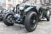 Retro car on the street of Edinburgh, UK — Stock Photo