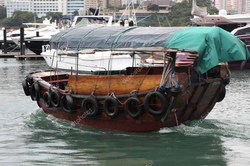 джонка лодка фото
