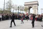 PARIS - APRIL 27:: B-boy doing some breakdance moves in front a — Stock Photo