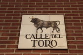 Calle del Torro, street sign in Madrid — Stock Photo