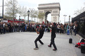PARIS - APRIL 27:: B-boy doing some breakdance moves — Stock Photo