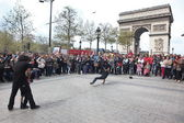 PARIS : B-boy doing some breakdance moves — Stock Photo