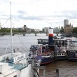 Ships on Thames river in London — Stock Photo