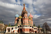 Famous view of Intercession Cathedral St. Basil's on Red square, — Stock Photo