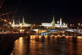 Moscow Kremlin Palace with Churches, Moskva river and Big Stone Bridge — Stock Photo