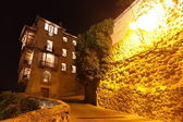 Night view on rocky bank Jucar in Cuenca. — Stock Photo