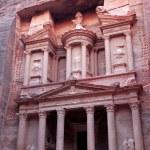 Al Khazneh, the treasury of Petra ancient city, Jordan — Stock Photo
