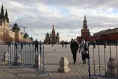 люди на красной площади — Стоковое фото