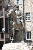 Earl Douglas Haig on Horseback Statue — Stock Photo
