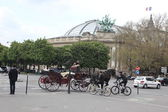 The impressive Quadriga at the Grand Palais in Paris — 图库照片
