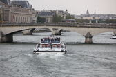 Boat on Seine in Paris, France — Photo
