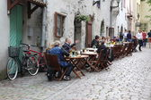 Street cafe in Tallinn — Stock Photo