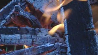 Feuer. — Stockvideo
