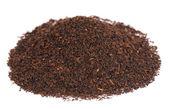 чай черный на белом фоне — Стоковое фото