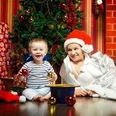 Mother and Baby Near Christmas Three — Stock Photo