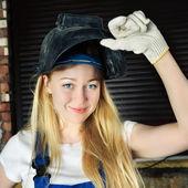 Mulher bonita em soldador — Foto Stock