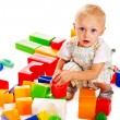 Children play building blocks. — 图库照片