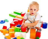 Children play building blocks. — Zdjęcie stockowe
