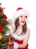 Weihnachten Mädchen in Santa mit Geschenk-box. — Stockfoto