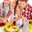 Birthday party group of child with cake. - Foto Stock