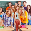 Group student near blackboard. - Foto Stock