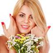 flores de explotación de mujer — Foto de Stock