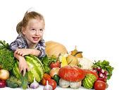 çocuk mutfağı üzerine sebzeli. — Stok fotoğraf