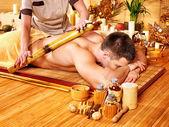 Bambu masaj yaptırdığım kadın. — Stok fotoğraf