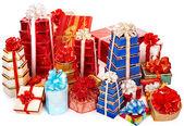 Stack av färg presentförpackning. — Stockfoto