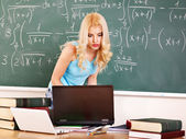 Woman in classroom. — Stock Photo
