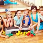 mulheres na aula de hidroginástica — Foto Stock