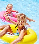 Children in swimming pool. — Stock Photo