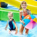 Children swimming in pool. — Stock Photo #24042669